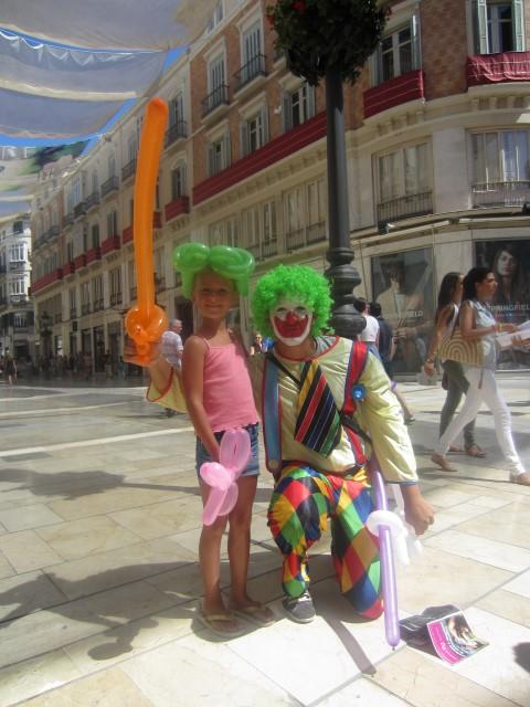 Chiara mit einem Clown