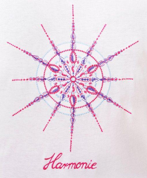 Kristall Harmonie auf einem Kinder T-Shirt weiß
